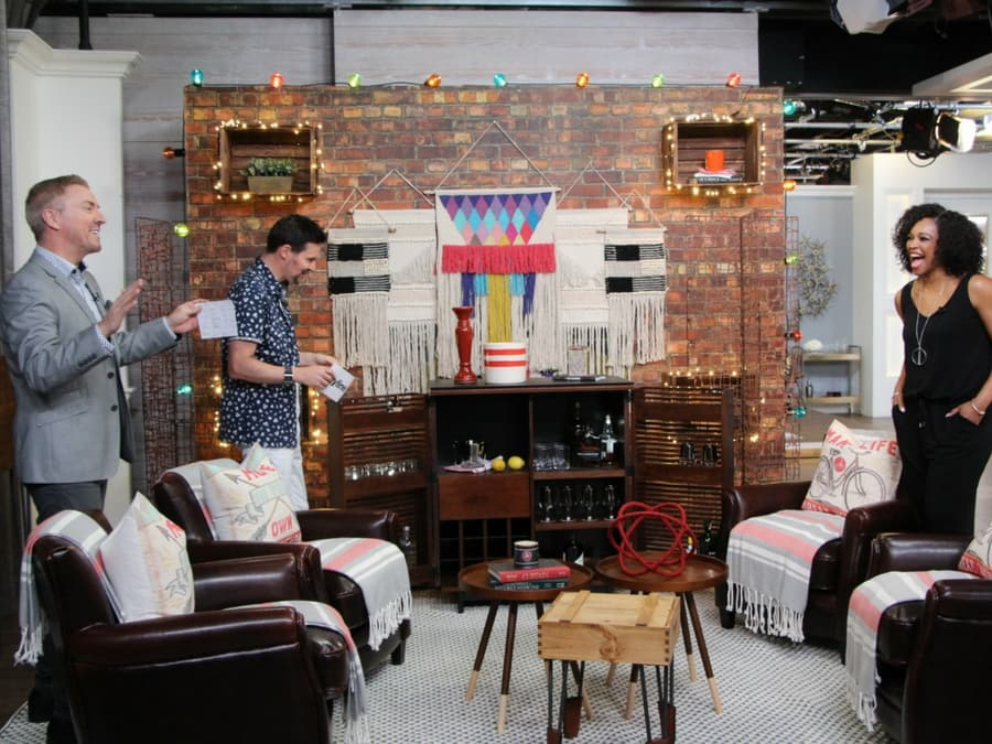 Colin and Justin laugh with Tracy Moore on Cityline about what they'd do with this removable wallpaper